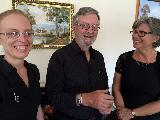 Rachel Keen, Bruce Sterling and Cindy Abbey in th egreen room at Mooroopna